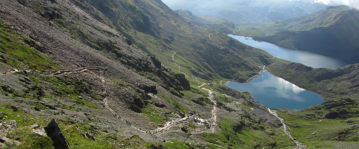 How Long To Climb Snowdon >> Climb Snowdon About Yr Wyddfa Summit Routes Pyg Track